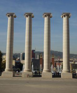 pillars-1115973_1920