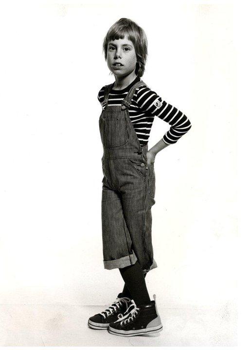 Randiga tröjor med Musse på ärmen. Det ville alla ungar ha på 70-talet. Liksom deras föräld- rar. Foto: Ewa-Marie Rundqvist